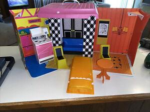Vintage 1968 Barbie Family House - Barbie House - Fold Out - Barbie Case - 140