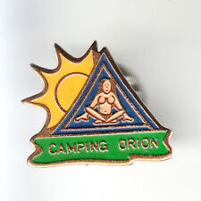RARE PINS PIN'S .. TOURISME CAMPING CAR CARAVANE ORION NUDE NUDISTE 06 ~BH