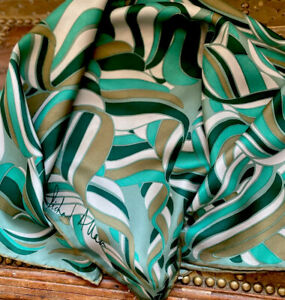 Fabulous Vintage 1960s/70s RICHARD ALLAN Swirly Print Silk Scarf