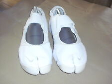 Nike Air Rift UK10 Mens Trainers Split Toe Sneakers/Trainers Excellent condition