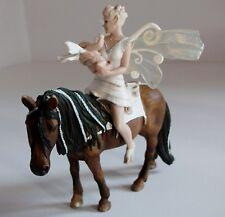 Schleich Elfen Fairy Iloris & Baby Leolynn on Mare 70409