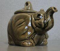 THEIERE ZOOMORPHE ELEPHANT EN CERAMIQUE    LONG 21 CM