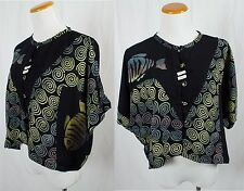Vintage Batik Button Up Blouse!! Size M
