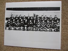1949-50 DETROIT RED WINGS 8x10 B&W TEAM PHOTO CUP CHAMP