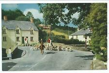SOMERSET - AN EXMOOR HUNT at EXFORD Salmon Series Postcard 1976c