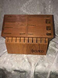 CUTCO Signature Set 24 Slot Oak Wood Storage Knife Block Made in USA READ
