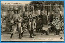 CPA: Groupe de Tirailleurs Marocains à l'Escrime / Guerre 14-18 / 1915