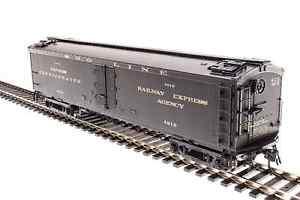 "Broadway Limited 1842 Ho GACX 53'6"" Wood Express Reefer SOO 4212"