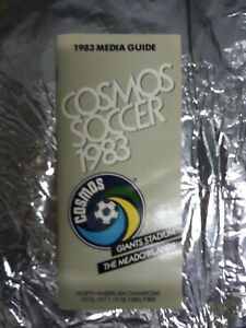 NEW YORK COSMOS NASL Soccer Team Media Guide 1983 - stats, facts, photos - RARE