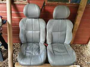 JEEP GRAND CHEROKEE OVERLAND WJ PAIR OF FRONT SEATS GREY LEATHER