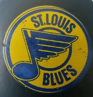 ST. LOUIS BLUES VINTAGE VICEROY MADE IN CANADA NHL HOCKEY OFFICIAL GAME PUCK