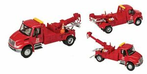 Walthers SceneMaster-Intl 4300 Tow Truck Red - HO