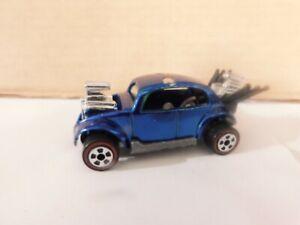 Johnny Lightning - 1/64 - Bug Bomb --  ( Volkswagen )