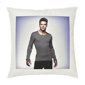 Ricky Martin Cushion Pillow Cover Case - Gift
