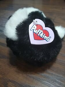 Swibco Collection Puffins Odie the Skunk Plush Stuffed Animal Toy 1997 ball tag