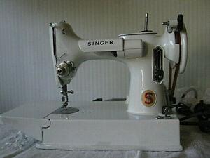 VINTAGE SINGER  FEATHERWEIGHT 221-K WHITE/CELERY SEWING MACHINE