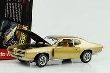 1969 Pontiac GTO METALLIZZATO ORO 1:18 AUTO World ERTL