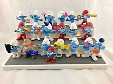 Large - Lot of 20 - The Smurfs - Figurines