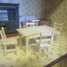 Dolls House 12th scale   Table and Chair Set        DHD 134