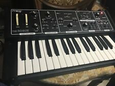 Moog The Rogue Analogue  Synthesizer Sintetizzatore Analogico  (moog prodigy)