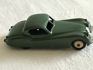 Dinky Toys 1954 Jaguar XK120 green 157 Metal Meccano LTD England no box