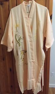 New Vintage Silk Touch Robe With Sewn Dragon