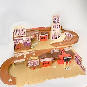 Vintage Hot Wheels City Service Center Sto N Go Playset Stow & Go Mattel 1979