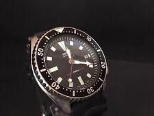 Vintage Seiko 7002-7000 Automatic Men's Diver Black bezel