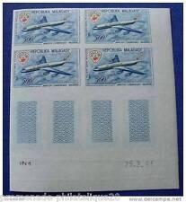 MADAGASCAR timbre aérien yt n°88 non dentelés - Bloc de 4-Coin daté 25.3.63 n**