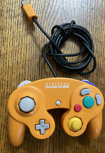 Official Nintendo Gamecube Wired Controller - Spice Orange