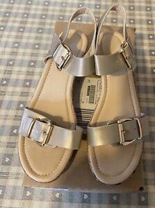 Size 5 EEE Ladies Gold Sandals