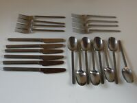 22 pieces of American airlines flatware forks knives spoons