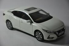 Nissan Sylphy 2019 car model in scale 1:18 white