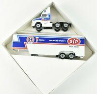 Winross 1991 Richard Petty STP Racing Team Semi Truck and Trailer 1:64 Scale NIB