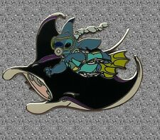 Stitch with Manta Ray Pin - DISNEY AUCTIONS LE 100 Stitch Underwater Series
