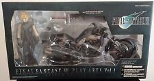 Final Fantasy VII Play Arts Cloud Strife & Hardy Daytona Cycle - Square Enix