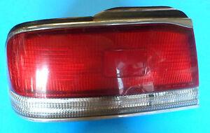 89-91 NISSAN MAXIMA LH L LEFT HAND DRIVER SIDE TAIL LIGHT HOUSING LAMP LENS OEM