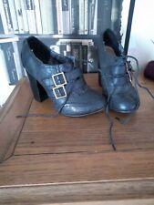 True Vintage 90 00s Kickers Style Chunky Heel Buckle Shoe Boot mega high 5