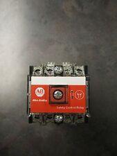 NEW ALLEN BRADLEY 700S-P530A1 CONTACTOR
