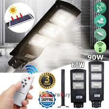 Parking Lot/Garden/Yard/Farm Solar Street Light 90W 900000Lm Dusk to Dawn Sensor