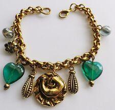 bracelet vintage couleur or rodié pampilles divers autres coeur de verre 449