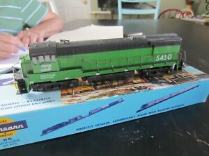 h o trains: Excellent running ATHEARN  flywheel drive BURLINGTON NORTHERN road d