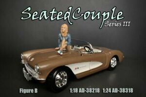 SEATED COUPLE SERIES III FIGURE B AMERICAN DIORAMA 38318 1/24 scale Figurine