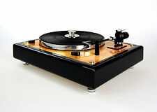 Restaurierter Thorens TD 146 Plattenspieler Turntable in Bernstein Optik