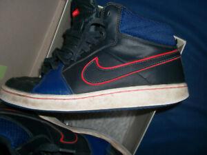 Nike Sportschuhe Gr.40