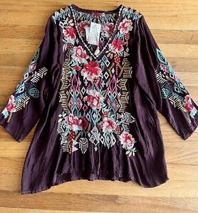 $250 M Johnny Was Embroidered Tunic Blouse Merlot V-Neck 3/4 Sleeves CUPRA