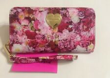 Betsey Johnson Floral Z/a Wallet Wristlet Bbs0210 Pink Red Flowers