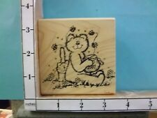 Bear with Honey Pot Bees Flying with kitty in the field rubber stamp 25P