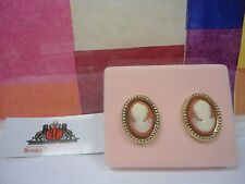WHITE SHOULDERS CAMEO KEEPSAKES Clip-On Fashion Earrings, NEW