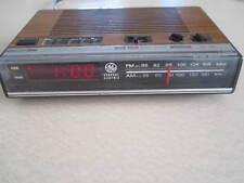 Vintage GE Digital Alarm Clock Radio Model 7-4624A - Tested